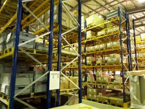 Как да предотвратите повреди на съществуващите стелажни системи на палети?